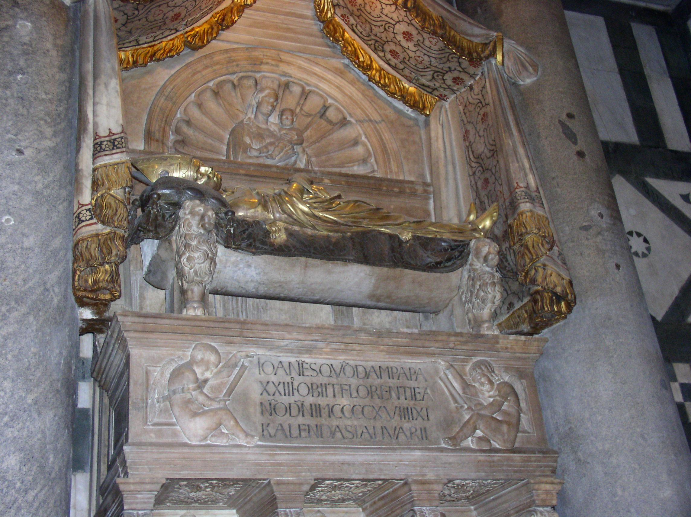 7 Могила Папы Иоанна XXIII.jpg